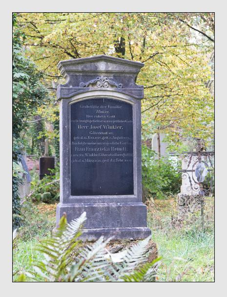 Grab der Familie Winkler auf dem Alten Südfriedhof München (Oktober 2014)