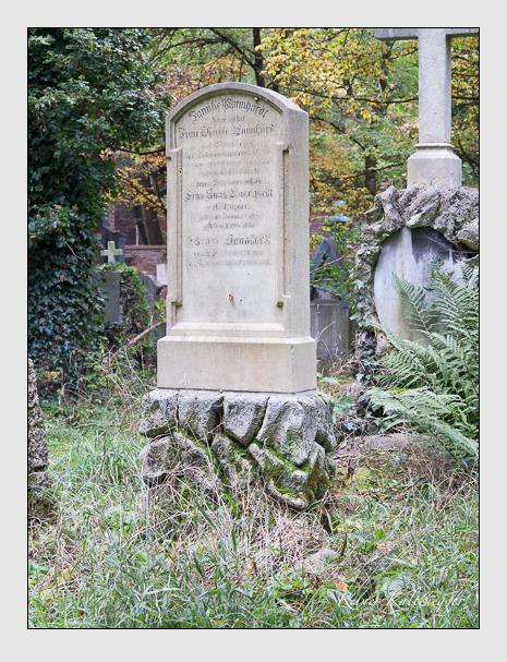 Grab der Familie Mannhardt auf dem Alten Südfriedhof München (Oktober 2014)