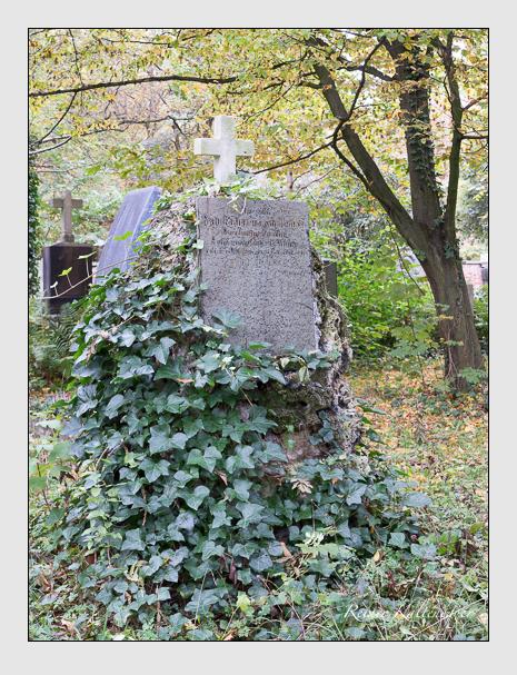 Grab der Familie Hettich auf dem Alten Südfriedhof München (Oktober 2014)