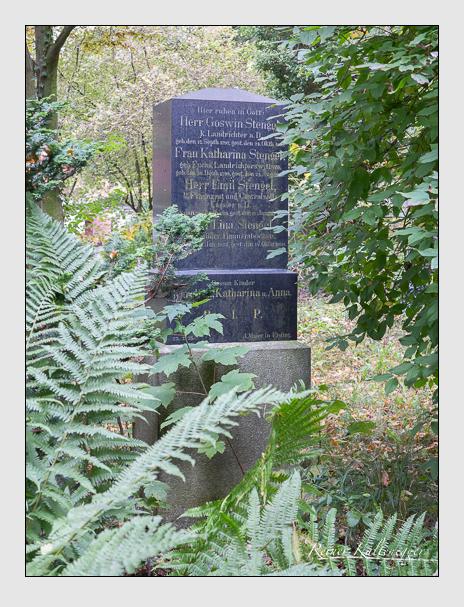 Grab der Familie Stengel auf dem Alten Südfriedhof München (Oktober 2014)