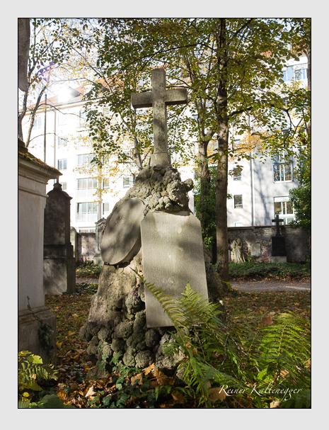 Grab der Familie Aigner auf dem Alten Südfriedhof München (November 2014)