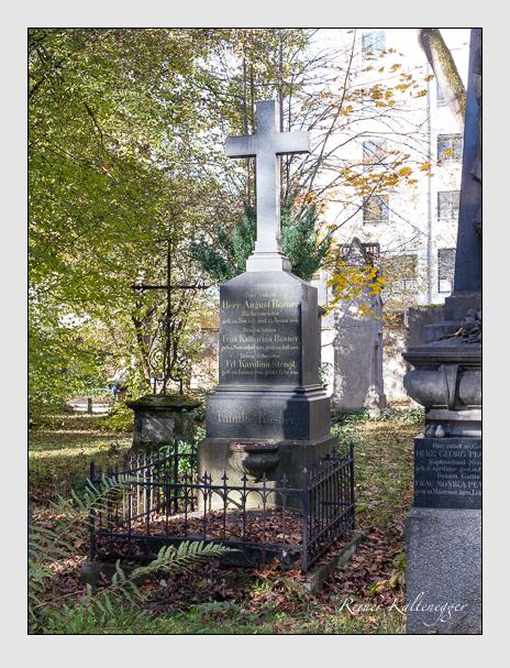 Grab der Familien Rosner & Stengl auf dem Alten Südfriedhof München (November 2014)