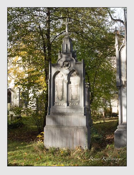 Grab der Familien Manz & Schmederer auf dem Alten Südfriedhof München (November 2014)