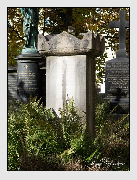 Grab der Familien Both & Fischer auf dem Alten Südfriedhof München (November 2014)
