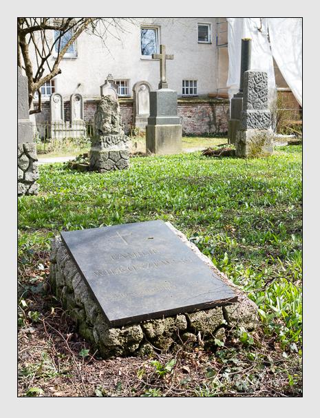 Grab der Familien Neureuther · Wilkoszewski auf dem Alten Südfriedhof München (April 2015)