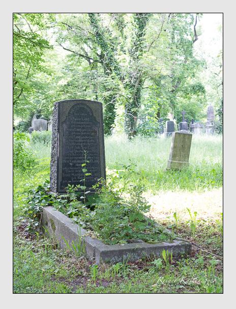 Grab der Familie Lang auf dem Alten Südfriedhof München (Mai 2015)