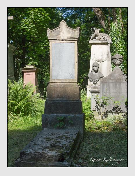 Grab der Familie Daffert auf dem Alten Südfriedhof München (Juni 2015)