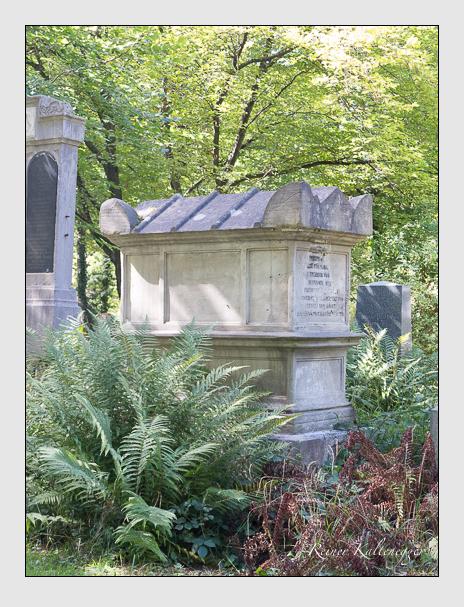 Grab der Familie Handel auf dem Alten Südfriedhof München (September 2015)