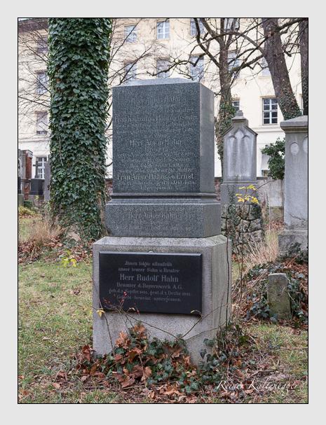 Grab der Familie Hahn auf dem Alten Südfriedhof München (Dezember 2015)
