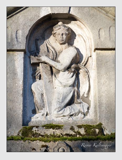 Grab der Familie Fries auf dem Alten Südfriedhof München (Dezember 2015)