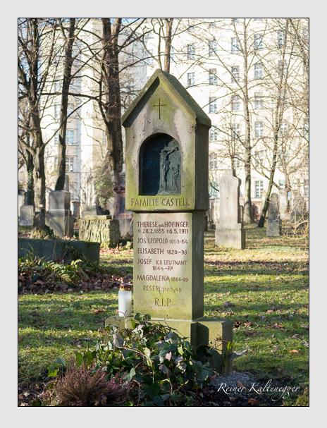 Grab der Familie Castell auf dem Alten Südfriedhof München (Dezember 2015)