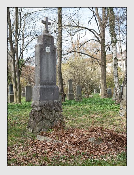 Grab der Familie Ablassmayer auf dem Alten Südfriedhof München (März 2016)