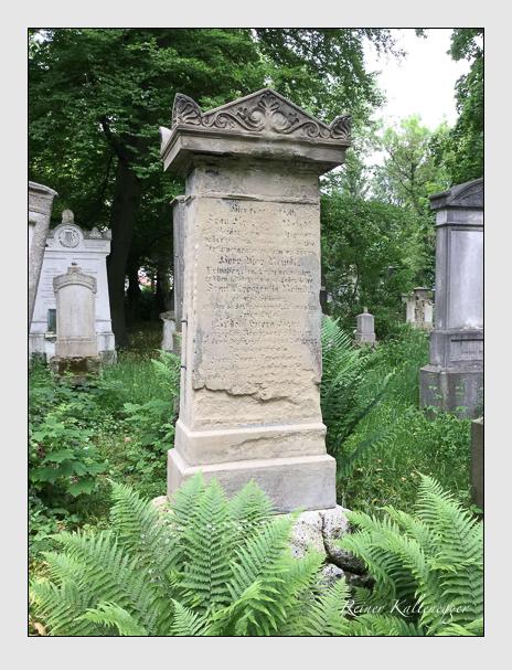 Grab der Familie Reindl auf dem Alten Südfriedhof München (Mai 2016)