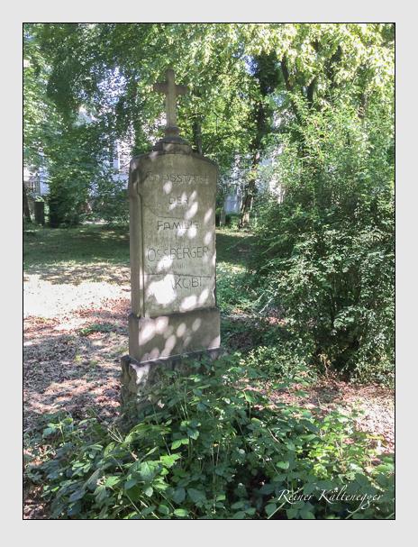 Grab der Familien Jakobi · Ossberger auf dem Alten Südfriedhof München (Juli 2016)