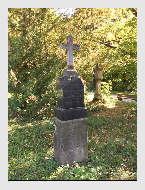 Grab der Familien Reichert & Schmidt auf dem Alten Südfriedhof München (Oktober 2016)