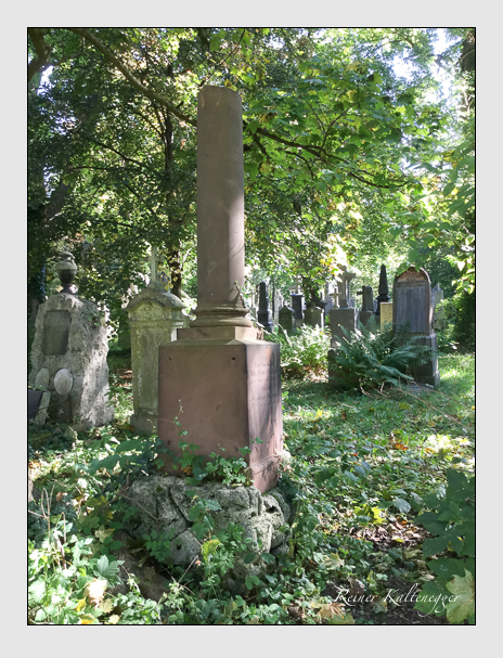 Grab der Familie Grathwohl auf dem Alten Südfriedhof München (Oktober 2016)