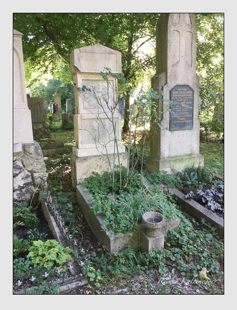 Grab der Familie Hummel auf dem Alten Südfriedhof München (Oktober 2016)