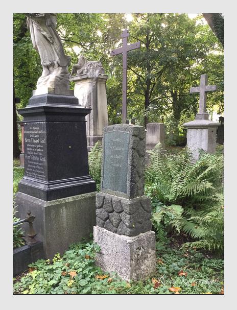 Grab der Familien Eisenhofer & Geisser auf dem Alten Südfriedhof München (Oktober 2016)
