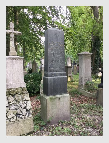 Grab der Familien Kastner & Schenk auf dem Alten Südfriedhof München (Oktober 2016)