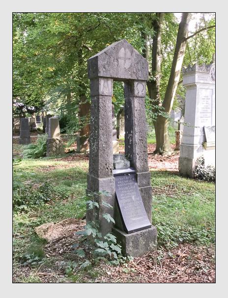 Grab der Familien Lang & Riepel auf dem Alten Südfriedhof München (Oktober 2016)