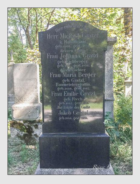 Grab der Familien Berger & Gratzl auf dem Alten Südfriedhof München (Oktober 2016)