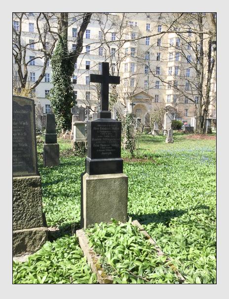 Grab der Familie Müller auf dem Alten Südfriedhof München (Oktober 2016)