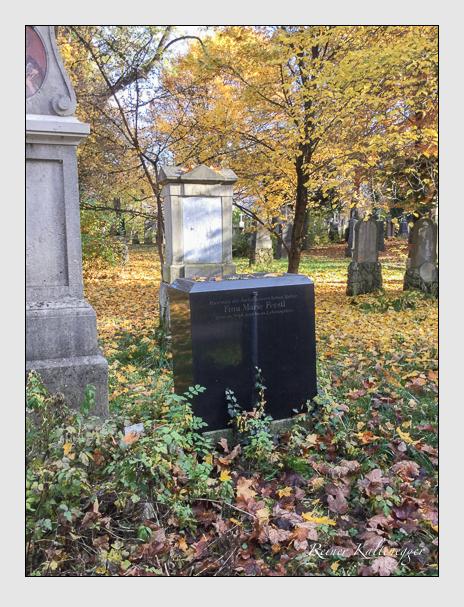 Grab der Familie Ferstl auf dem Alten Südfriedhof München (Oktober 2016)