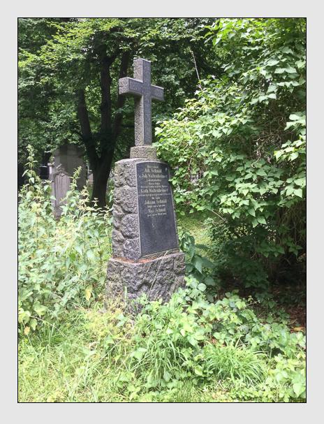 Grab der Familien Schmid · Waltenheimer auf dem Alten Südfriedhof München (Juni 2017)