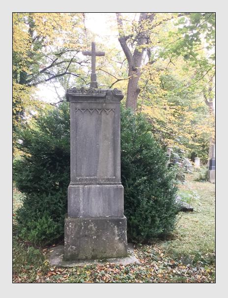 Grab der Familie Manz auf dem Alten Südfriedhof München (Oktober 2017)