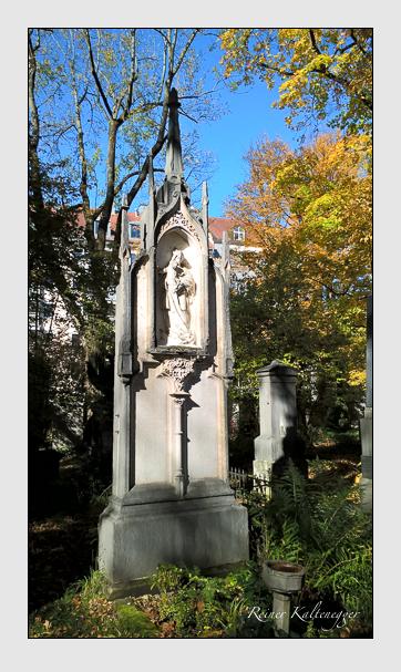 Grab der Familie Buchner auf dem Alten Südfriedhof München (Oktober 2017)
