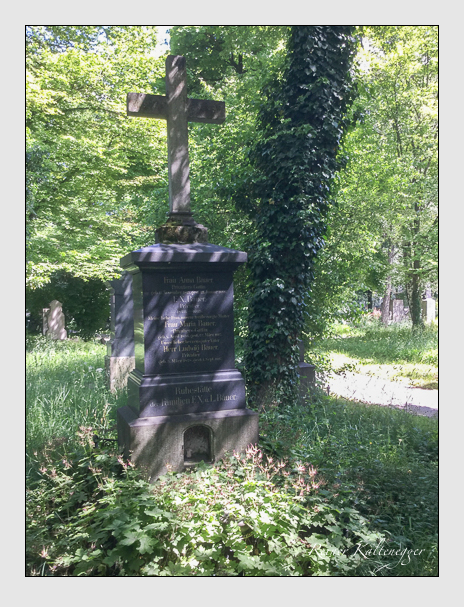 Grab der Familie Bauer auf dem Alten Südfriedhof München (Oktober 2017)