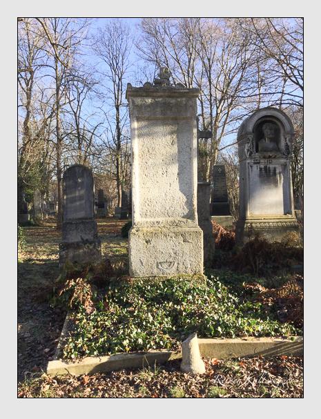 Grab der Familie Ohlmüller auf dem Alten Südfriedhof München (Dezember 2017)
