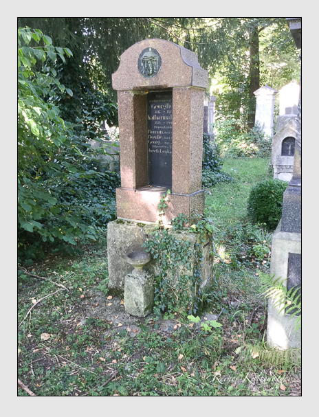 Grab der Familien Lenk & Robl auf dem Alten Südfriedhof München (Dezember 2017)
