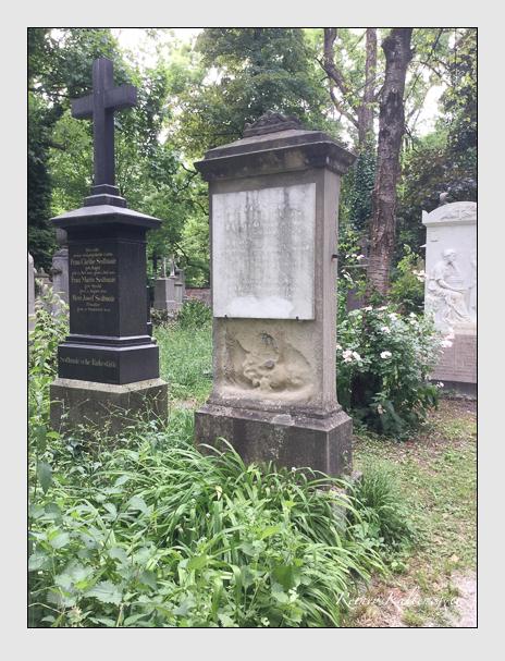 Grab der Familien Crailsheim & Drouet de Erlon auf dem Alten Südfriedhof München (Dezember 2017)