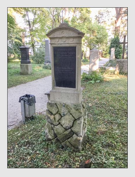 Grab der Familien Biber & Sommer auf dem Alten Südfriedhof München (Mai 2018)