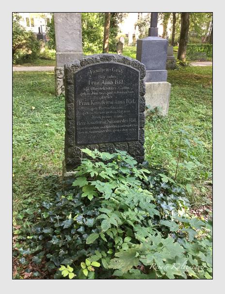 Grab der Familie Rid auf dem Alten Südfriedhof München (Mai 2018)