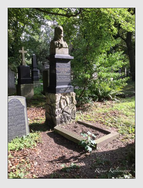Grab der Familien Harras & Linbrunn auf dem Alten Südfriedhof München (Mai 2018)