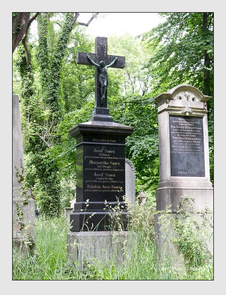 Grab der Familie Sauer auf dem Alten Südfriedhof München (Juni 2020)