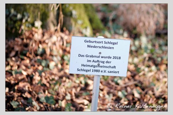Grab der Familien Hauschild · Holzmaier auf dem Alten Südfriedhof München (Dezember 2020)