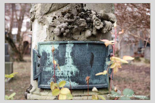 Grab der Familie Otto auf dem Alten Südfriedhof München (Februar 2021)
