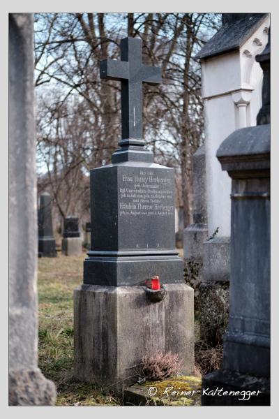 Grab der Familie Herberger auf dem Alten Südfriedhof München (Februar 2021)