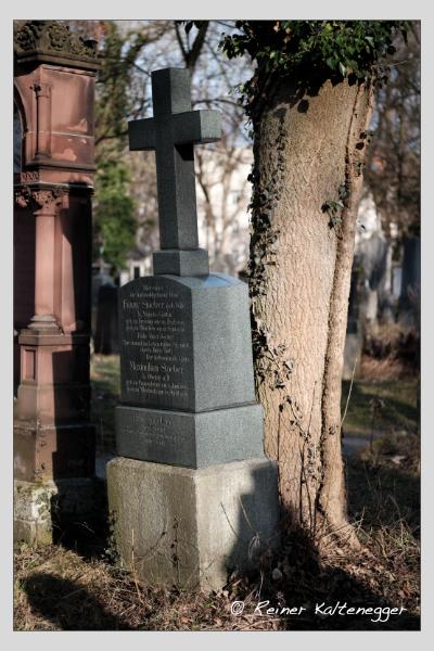 Grab der Familien Engel · Stoeber auf dem Alten Südfriedhof München (Februar 2021)