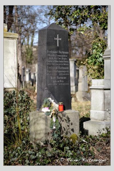 Grab der Familie Hartmann auf dem Alten Südfriedhof München (Februar 2021)