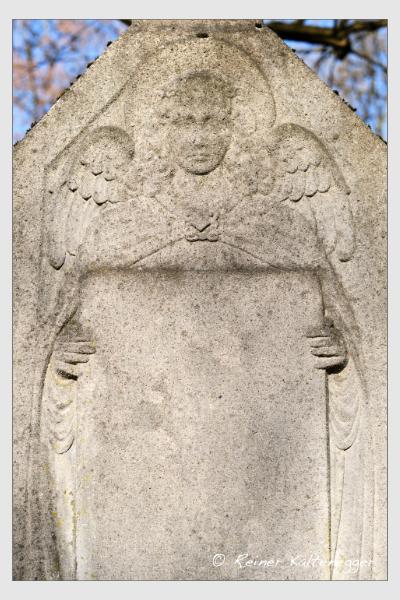 Grab der Familie Zwierzina auf dem Alten Südfriedhof München (März 2021)