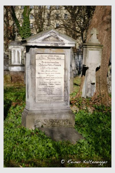 Grab der Familien Haller · Niethammer auf dem Alten Südfriedhof München (März 2021)