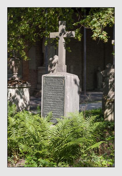 Grab der Familie Anschütz auf dem Alten Südfriedhof München (August 2007)