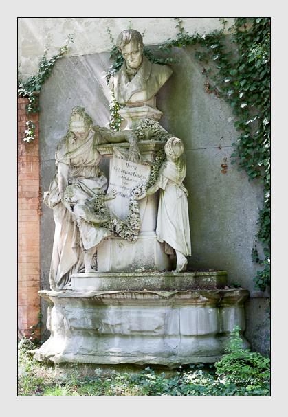 Grab der Familie Gaigel auf dem Alten Südfriedhof München (August 2007)