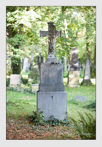 Grab der Familie Härtinger auf dem Alten Südfriedhof München (September 2007)