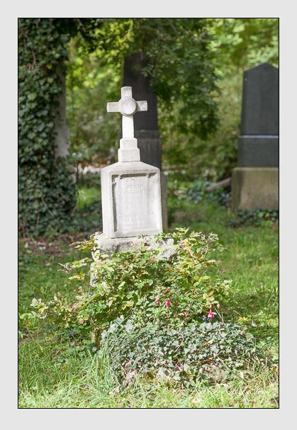 Grab der Familie Oberländer auf dem Alten Südfriedhof München (September 2007)