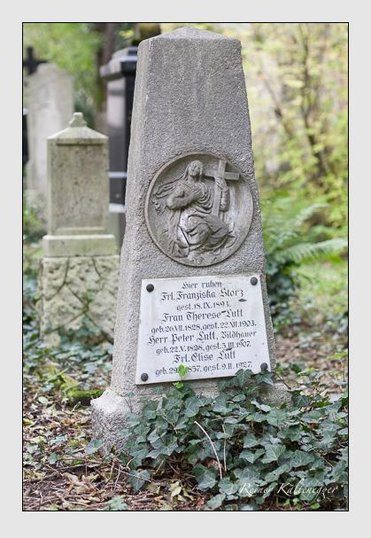 Grab der Familien Lutt · Storz auf dem Alten Südfriedhof München (September 2007)